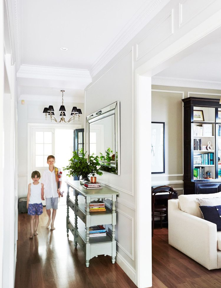 An interior designer's sophisticated Californian bungalow ...