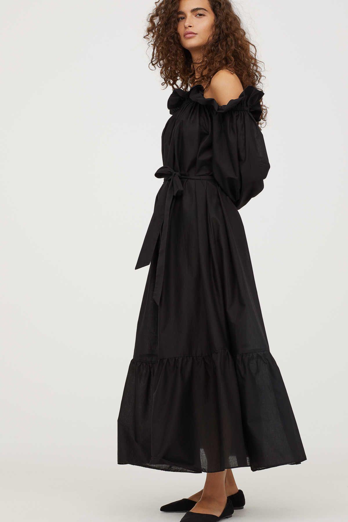 395735527396 Black. Calf-length