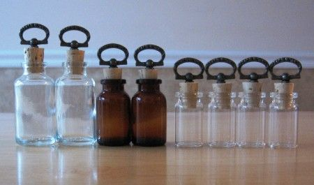 Steampunk vial and custom perfume oil tutorial!