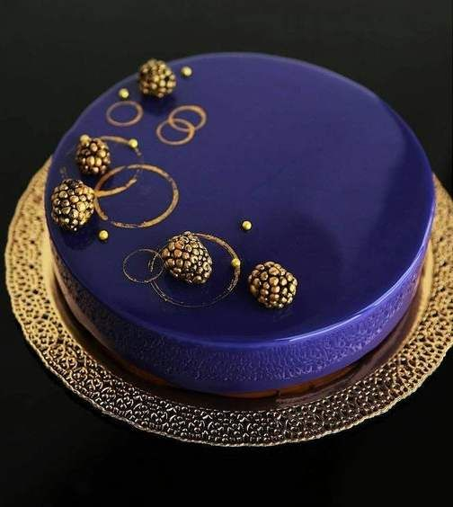 #pinspireinfo #cake #holiday #color #glaze #fruits #heart
