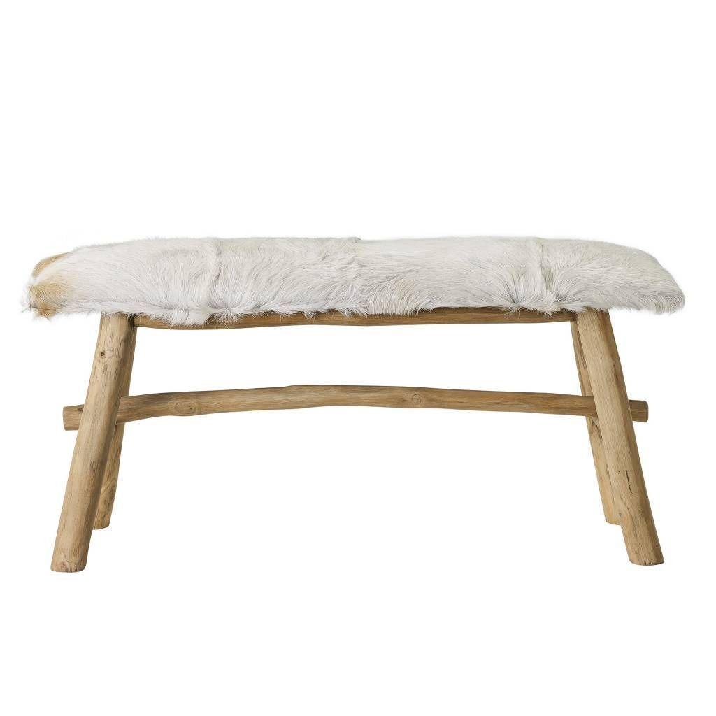 Bench Goat Skin - Bloomingville | Echte diervachten zijn hip! Bloomingville heeft daarom deze leuke bench ontworpen met daarop een ech geitenvacht, leuk he?! Le