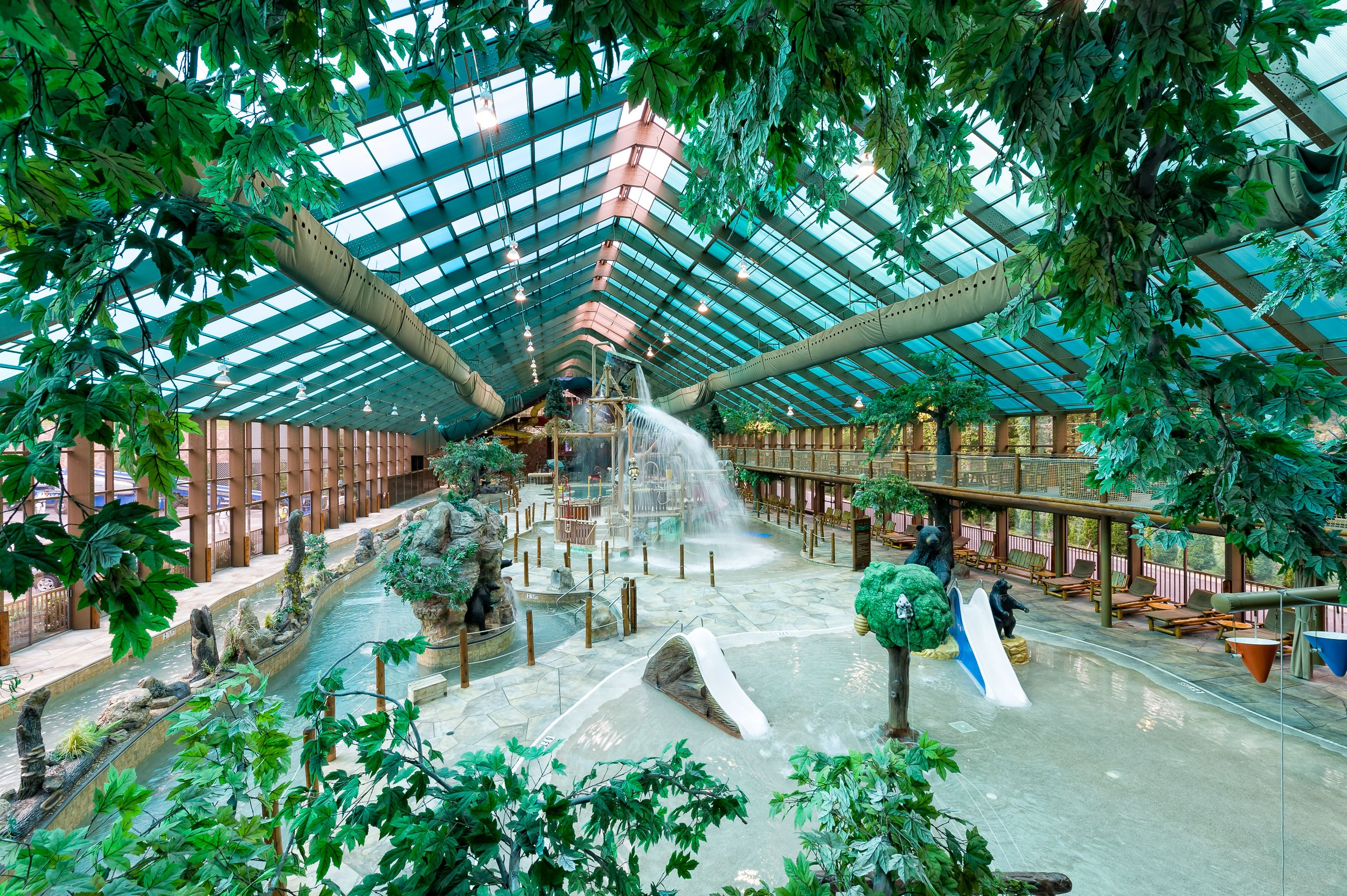 indoor water park at westgate smoky mountain resort and spa! | wild