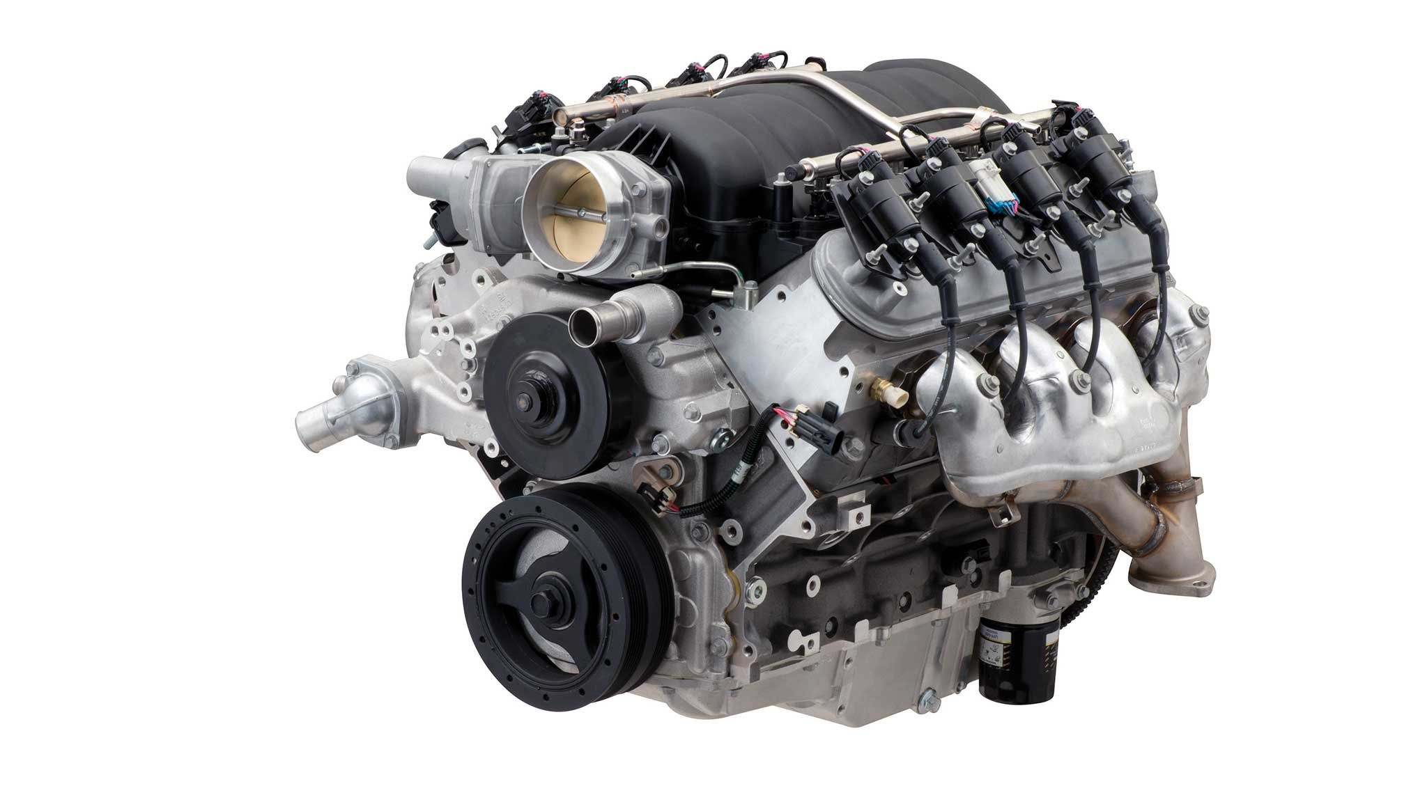 New Chevy Ls427 570 Crate Engine Is The Camaro Z 28 S Ls7 On Steroids In 2020 Crate Engines Camaro Z Crate Motors