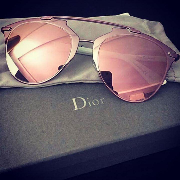 O cor de  rosa realmente está com tudo!! Até a  Dior lançou os óculos   reflected… 519f2f0554