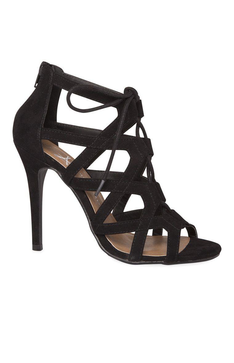 52f728270 Primark - Sapatos de salto alto com tiras cortados a laser preto - 22€