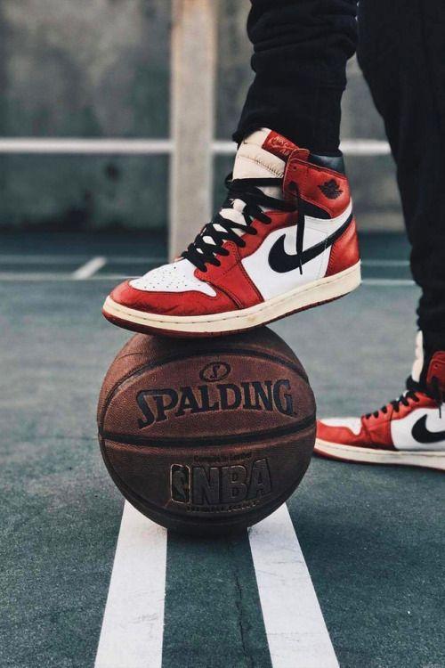 marcador Cuervo Alianza  Pin de Jonathan Dornelles em icons ❤ em 2021 | Arte de basquete, Imagens de  tenis, Moda sneakers