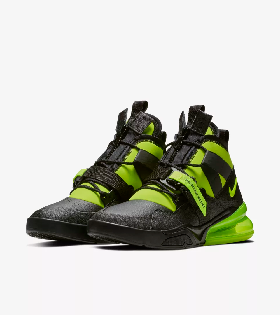 buy popular 41b3f b16e7 Nike Volt Pack Releases Today