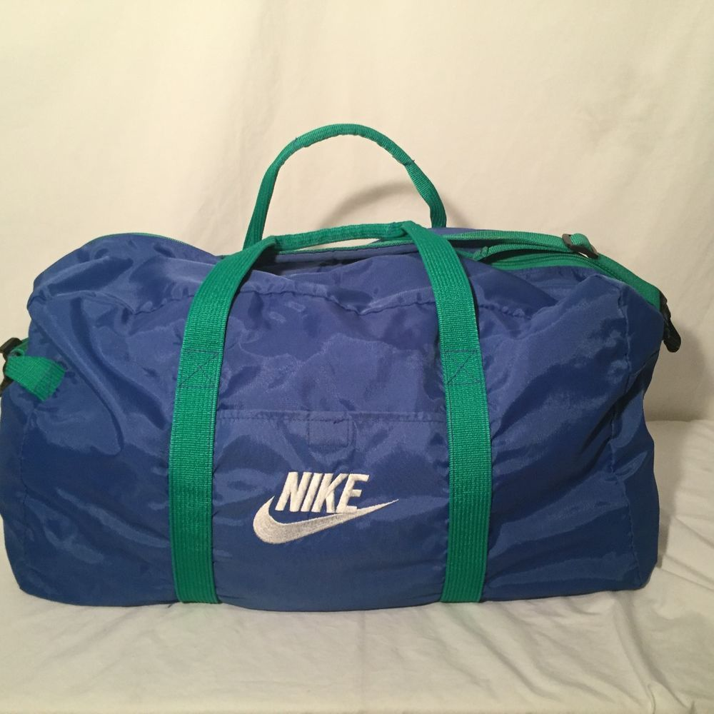 músculo Fanático Coro  Nike Gym Sports Duffel Bag Travel Taiwan. XL BAG Vintage Retro | Bags, Duffel  bag travel, Nike duffle bag