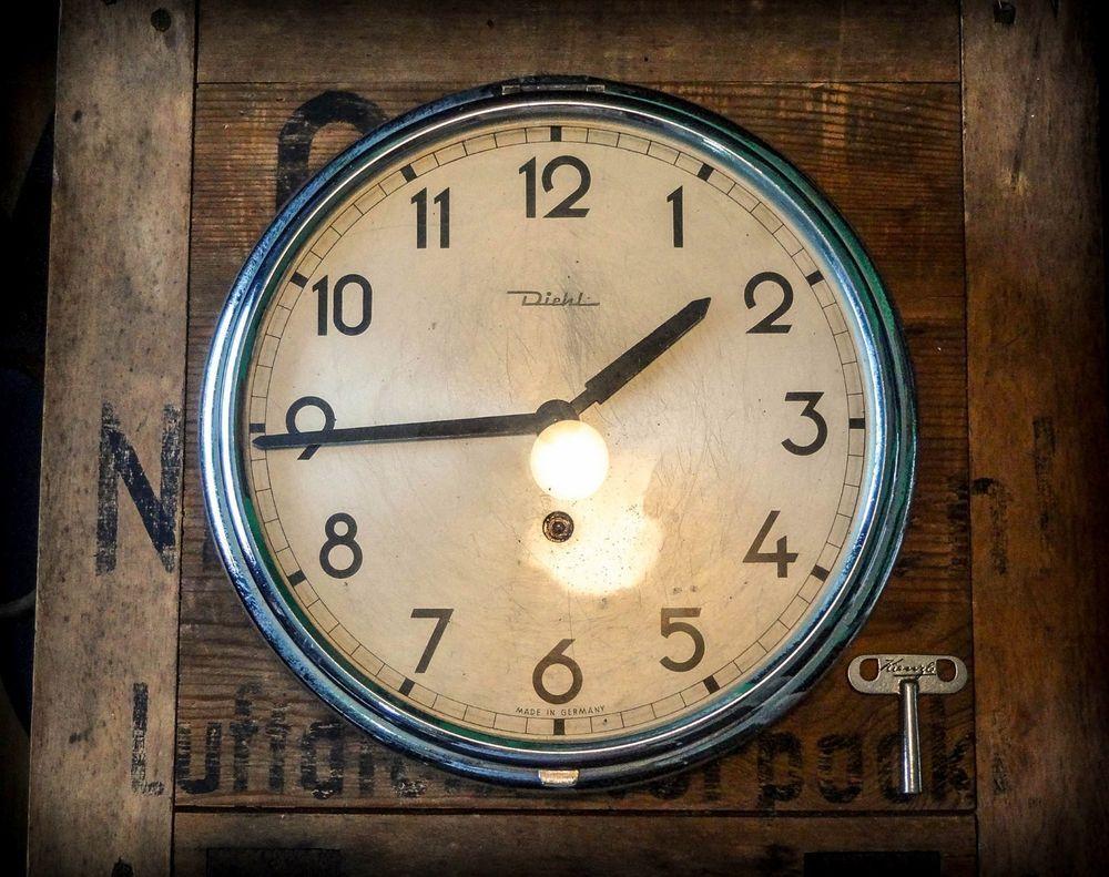 Pin On Old Clocks