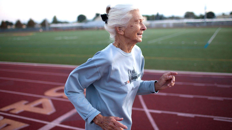 Marathon Runner Joy Johnson Proves It S Never Too Late To Start Something New New York Marathon City Marathon Nyc Marathon