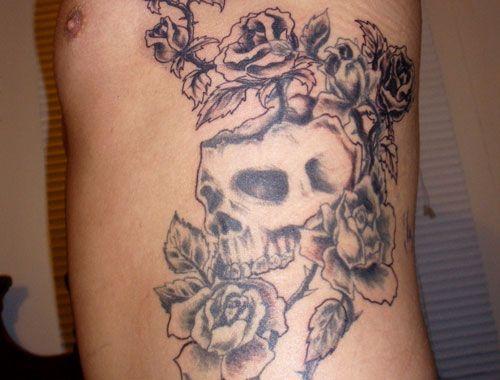 Skull Tattoos On Side Best Eye Catching Tattoos Rib Tattoos