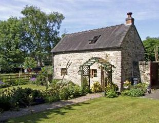Country cottages for sale in Northern Ireland | To Raloo I