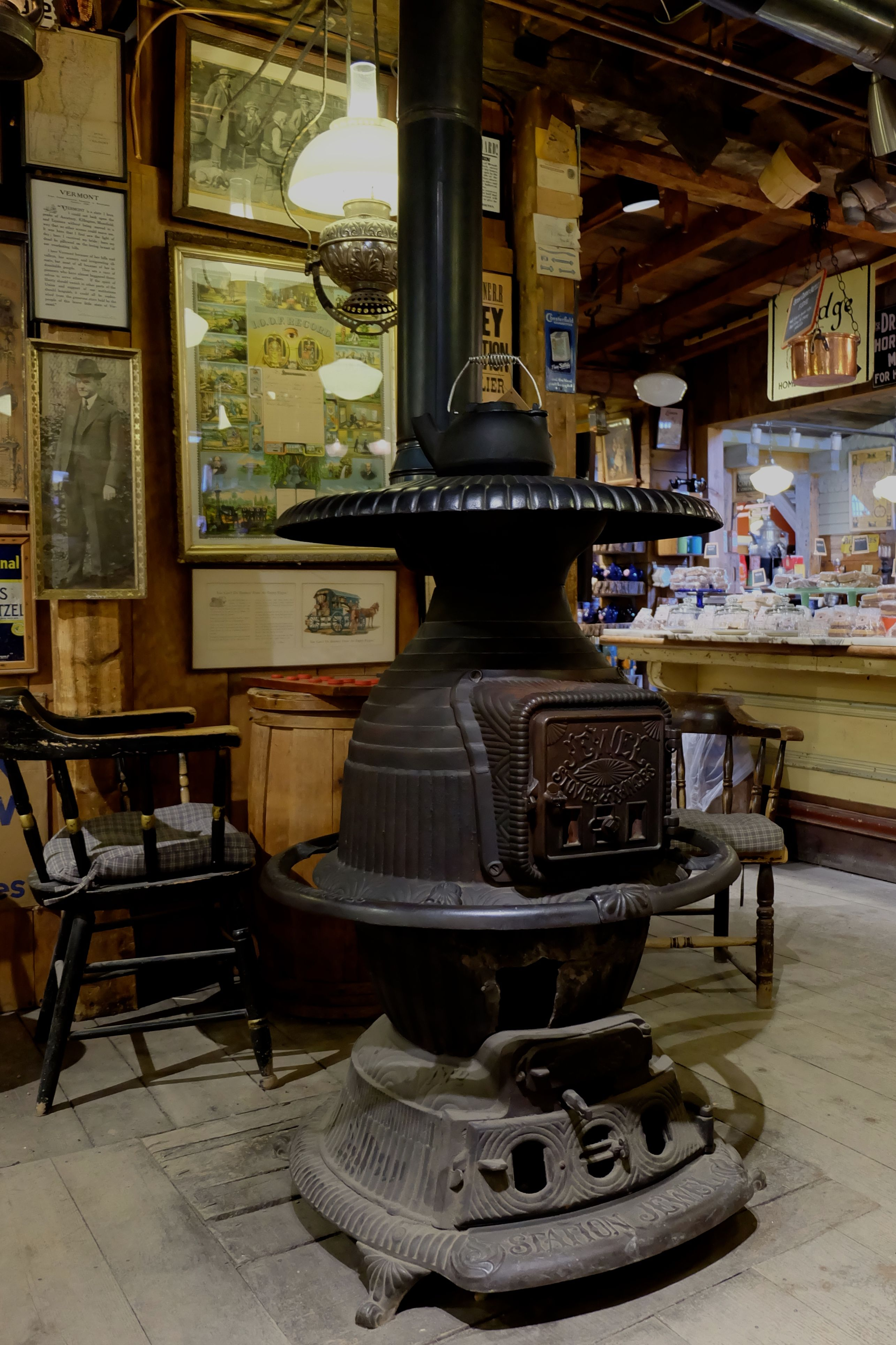 Sizes of pot belly stoves - Google Search | Antique stoves ...