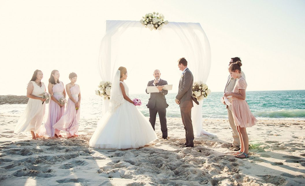 Seven Easy Rules Of Real Beach Weddings Di 2020
