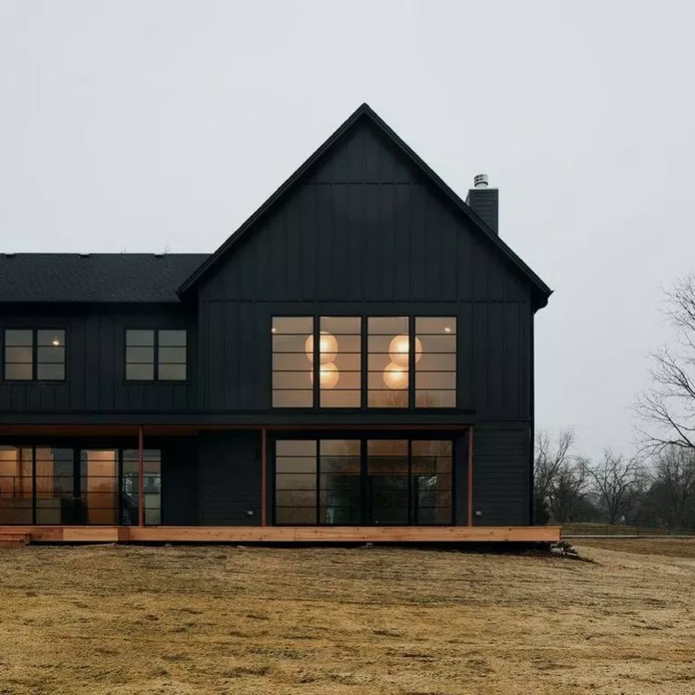 27+ Modern Farmhouse Exterior Design Ideas for Stylish but Simple Look - Ruang Harga