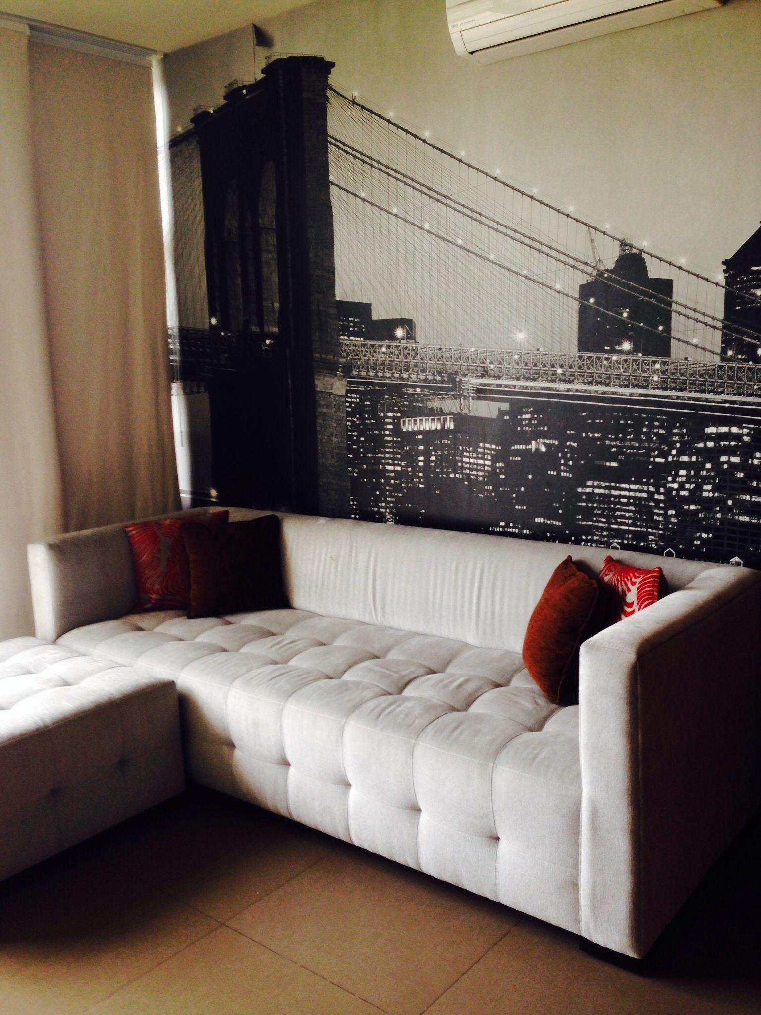 Sala de tv papel tapiz new york casa pinterest for Sala new york