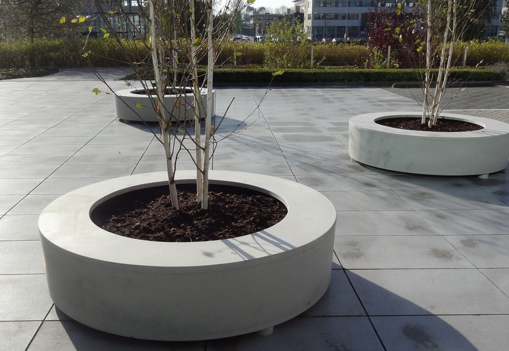 Pot Company Polymer Concrete Bodil Circular Seat Planter 1 Of 2 Concrete Planters Planters