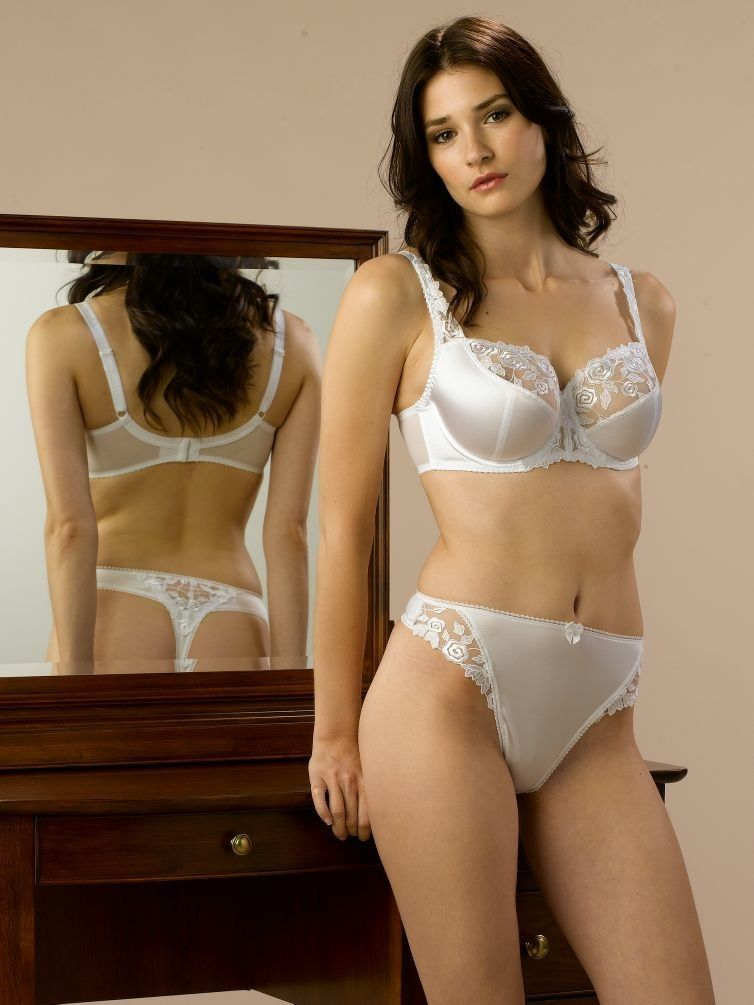 Lingerie brands to buy her