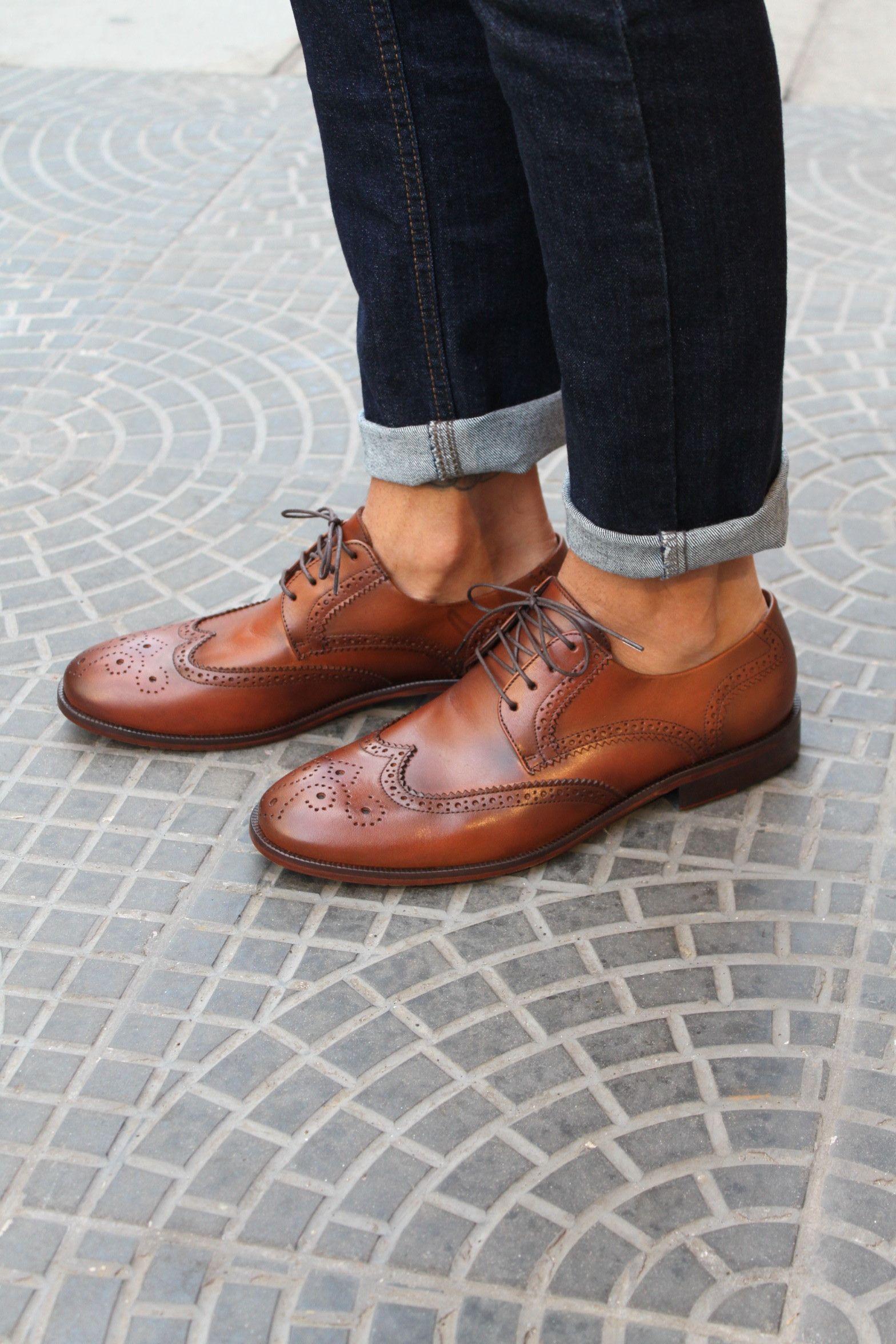 1f5bf574c Sapato Social Masculino Brogue CNS + Steve em Couro cor Whisky com sola de  couro e
