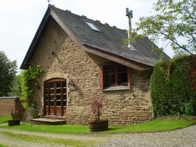 The Old Chapel Romantic Holiday Cottage Forest Of Dean Homeaway Holiday Cottage Cottage Holiday Rental