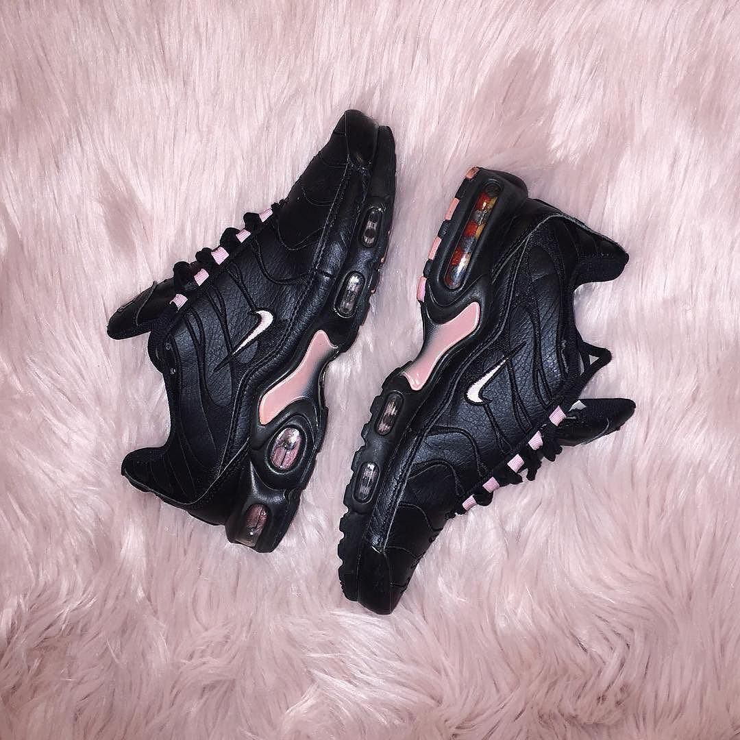 official photos 95257 a6874 Sneakers femme - Nike Air Max Plus TN (©poloshelly)