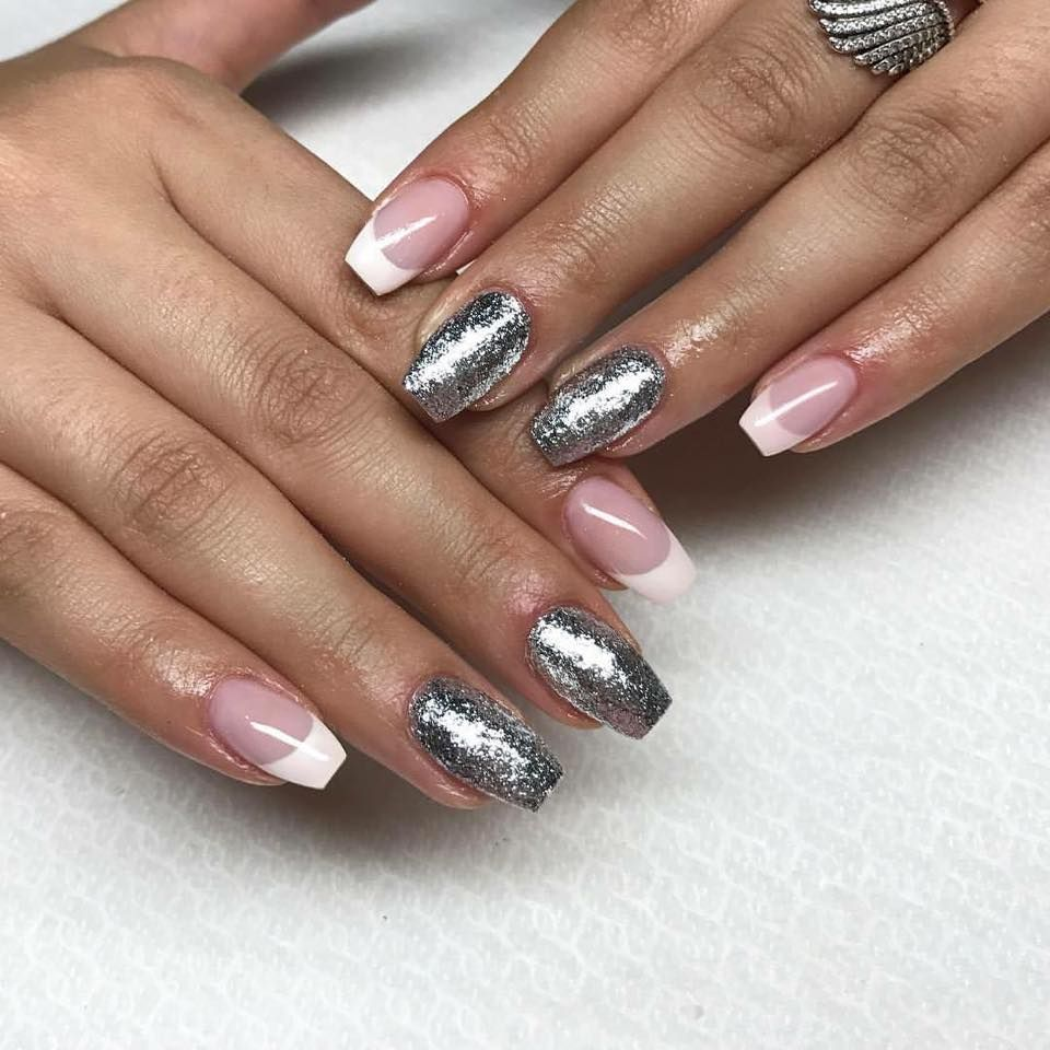 Best Mannequin Hands for Nail Techs – Nail Trainer Reviews [2018 ...