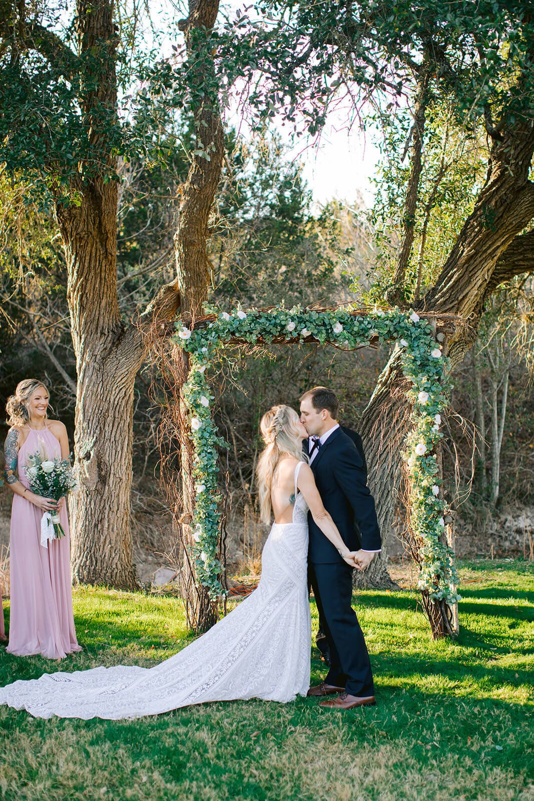 The 6 True Emotional Stages Of Wedding Planning In