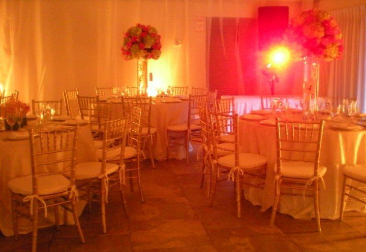 Miami Beach Botanical Garden Gold Chiavari Chairs Sit Down Dinner Style Roses Orchi Hydrangea Centerpiece Gold Chiavari Chairs Botanical Gardens