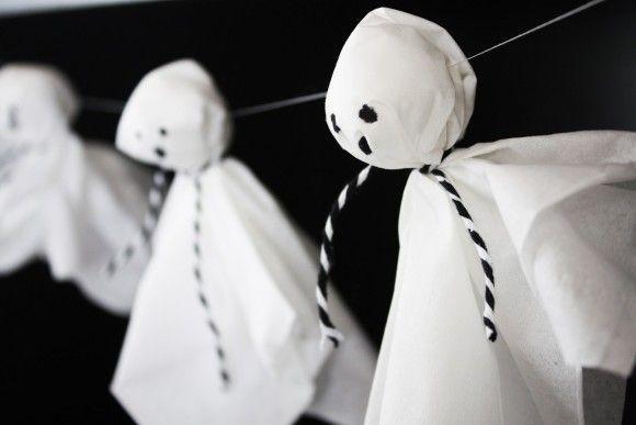 DIY Tissue Ghost Garland | CatchMyParty.com
