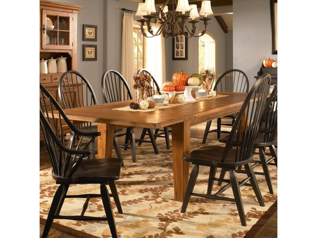 Broyhill Furniture Attic Heirlooms Leg Dining Table With Leaves