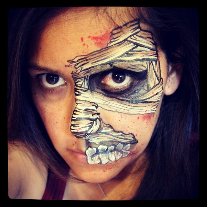 Skull Face Paint With Images Skull Face Paint Skeleton Face