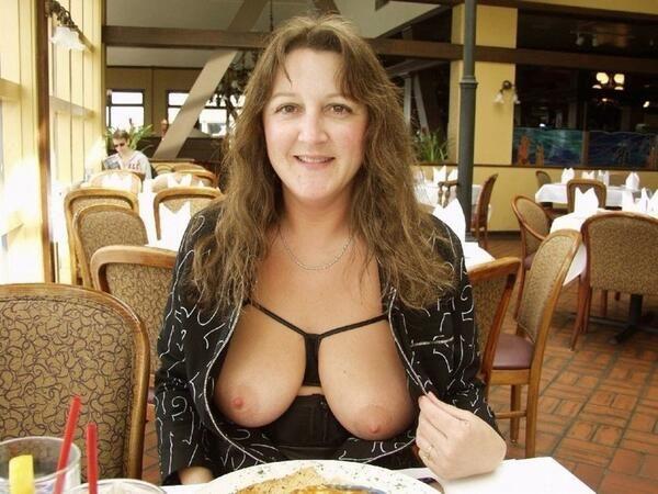 milf, mature, mom, cougar, wife, slut, whore, gif, nude, public