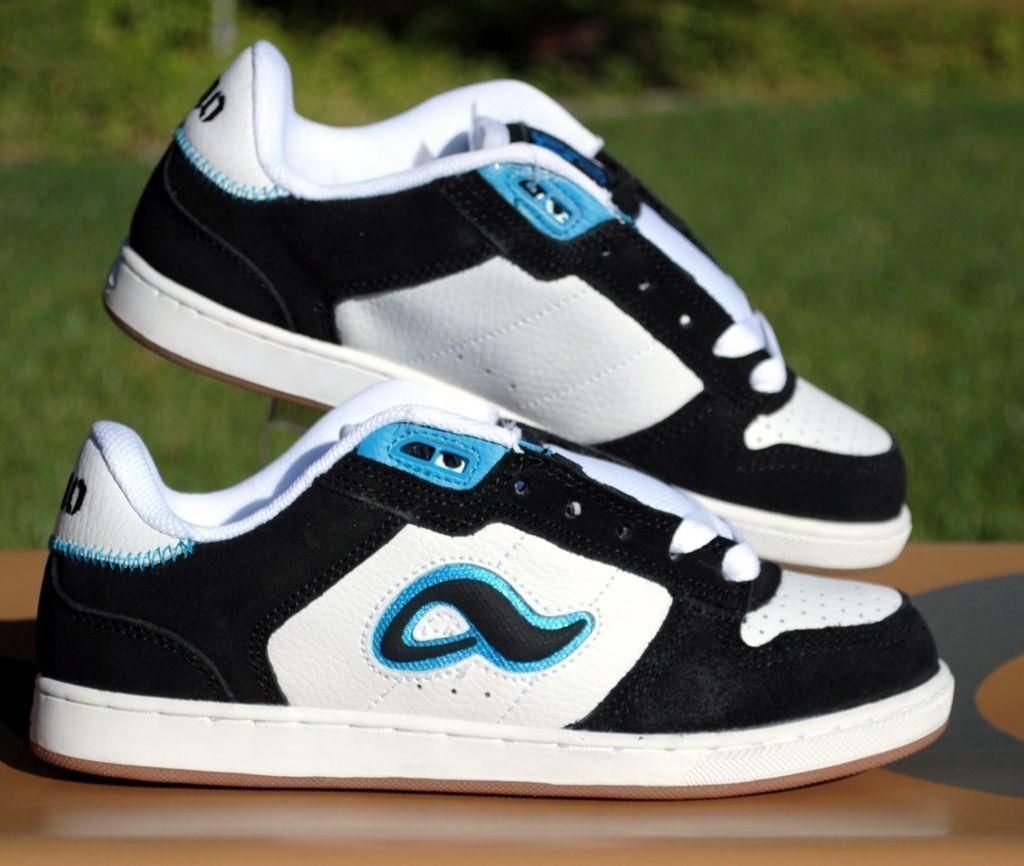 Adio Hamilton V2 Skate Shoes Mens Size