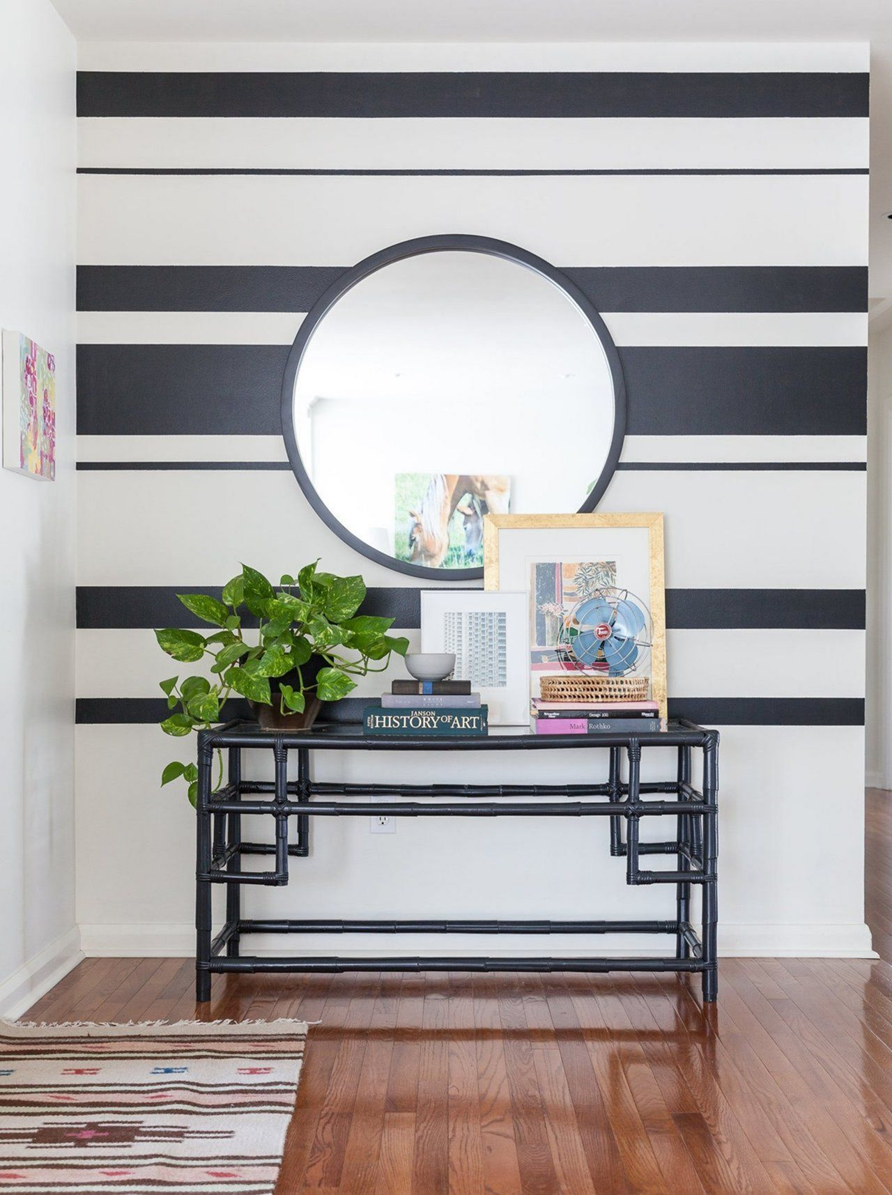 15 Awesome Striped Painted Wall Design and Decorating ...