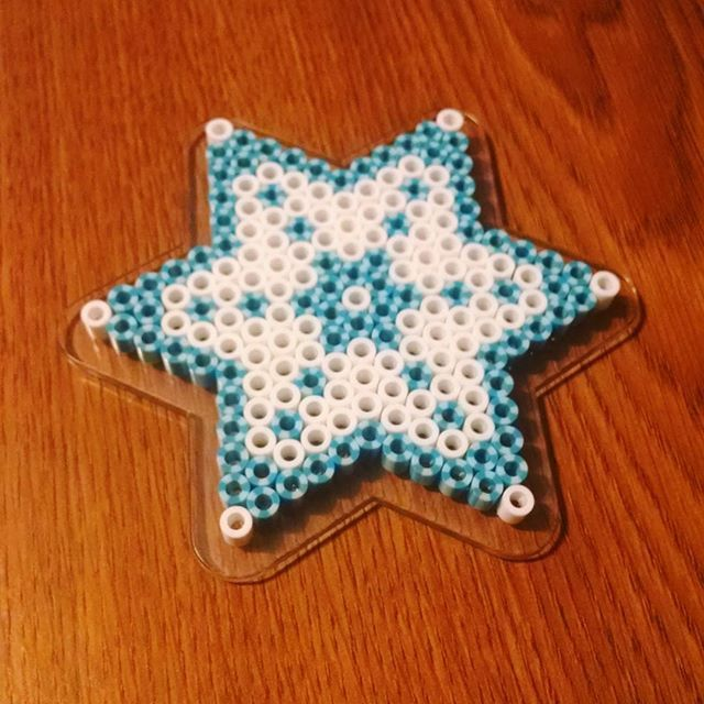 Snowflake perler beads by supercraftshoppe