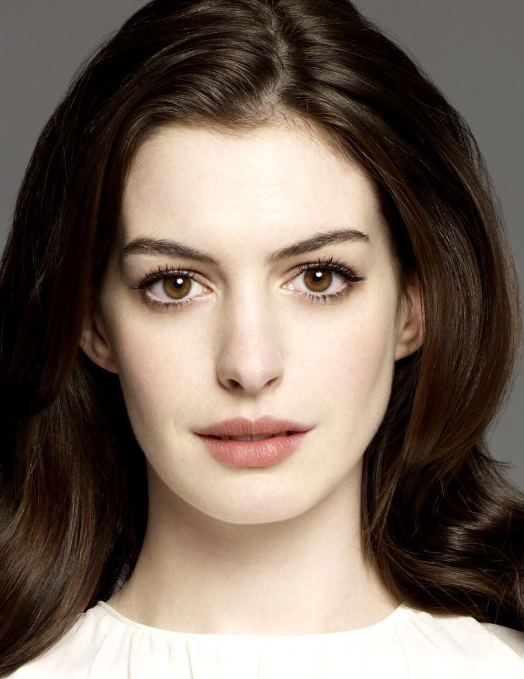 Anne Hathaway More Like Me Pinterest Anne Hathaway Celebrity