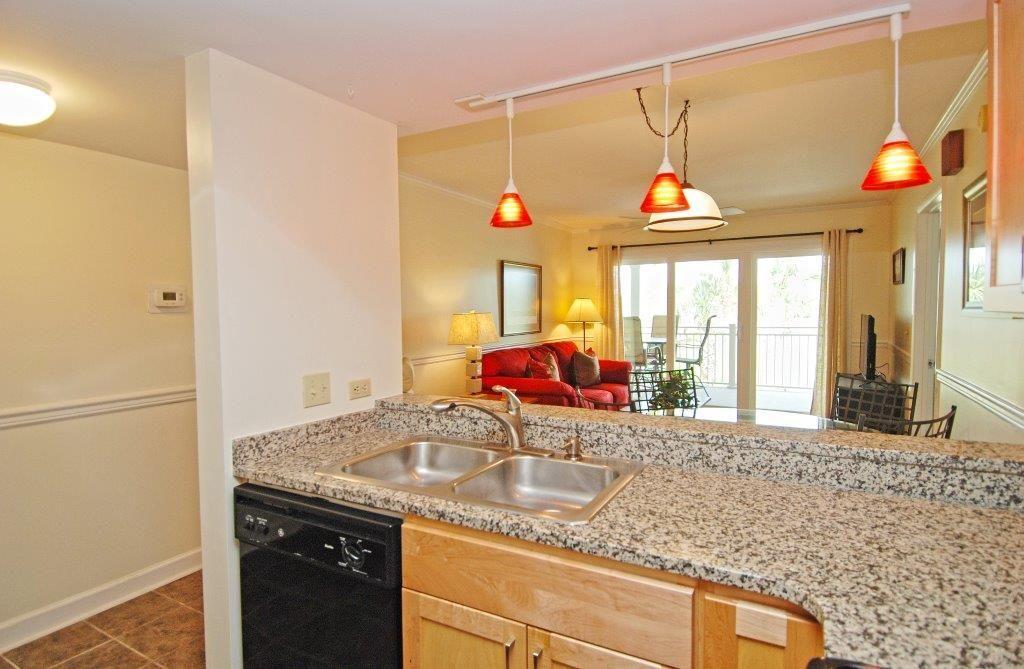 We LOVE this light fixture! // 2 bedroom, 2 bath unit in