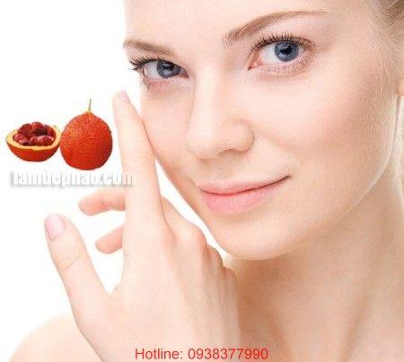 Sau chỉ 2 tuần kiên trì dùng dầu gấc, vừa uống vừa bôi, da mặt bạn sẽ giảm hẳn mụn, chỉ còn những vết thâm nhẹ và da sáng hồng lên trông thấy. LH: 0938 377 990 (Zalo/Viber)