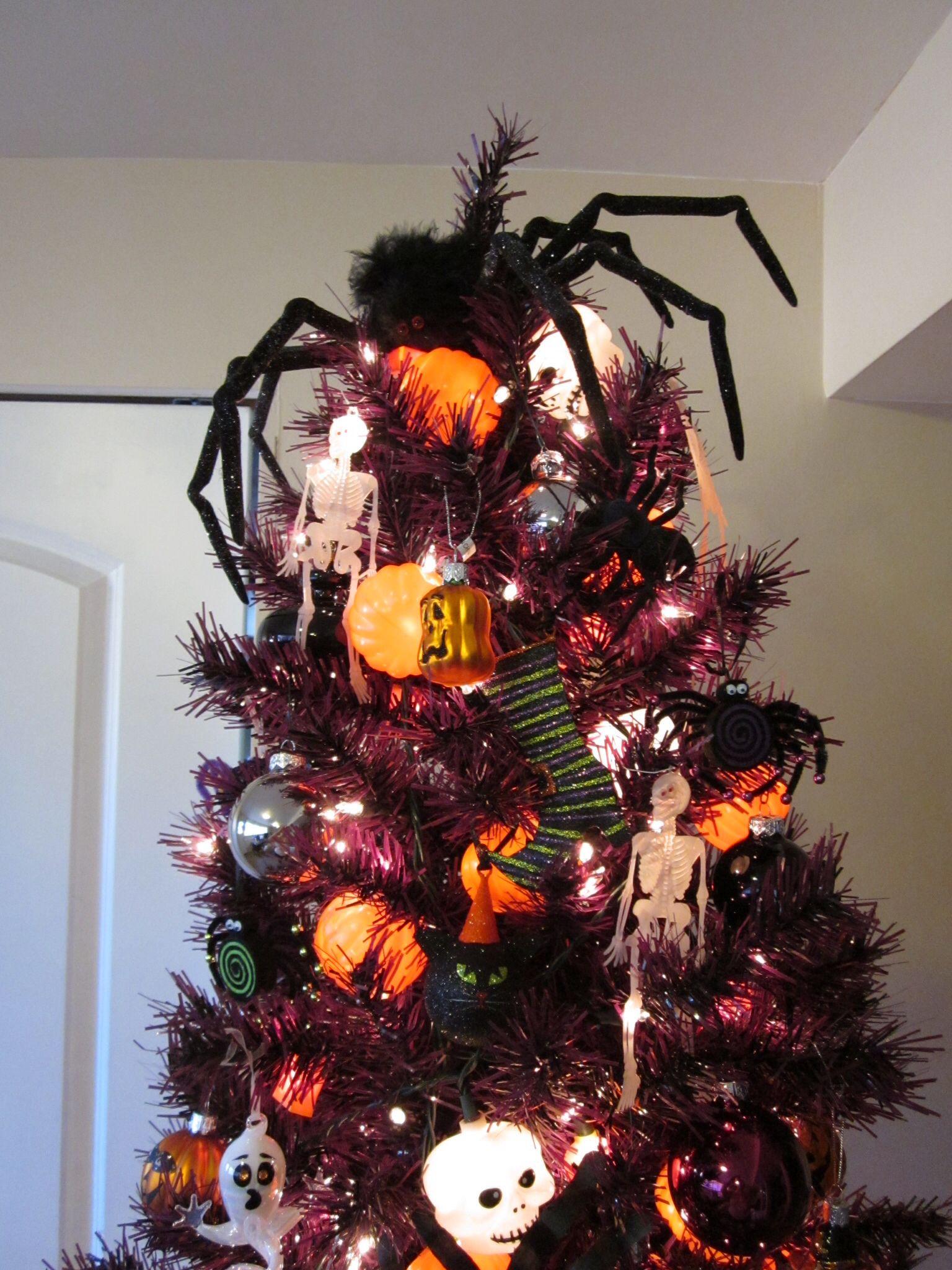 Halloween tree topper Diy halloween decorations