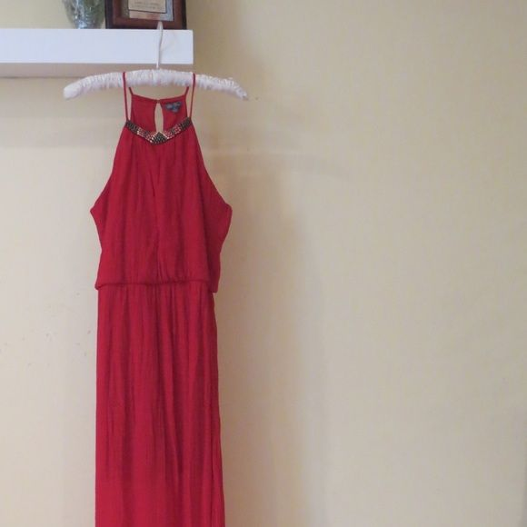 FLASH SALE EVERYTHING MUST GO •On sale for Fall• •Great condition• Lily Rose Dresses Maxi