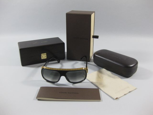 Authentic Louis Vuitton Extremely Limited Black Millionaire Sunglasses   4,995.00 (USD) 220b94f803