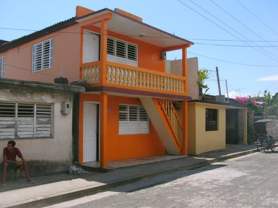 Casa La Terraza Baracoa Cuba Junky Com Casa Particular House Styles House Triple Room