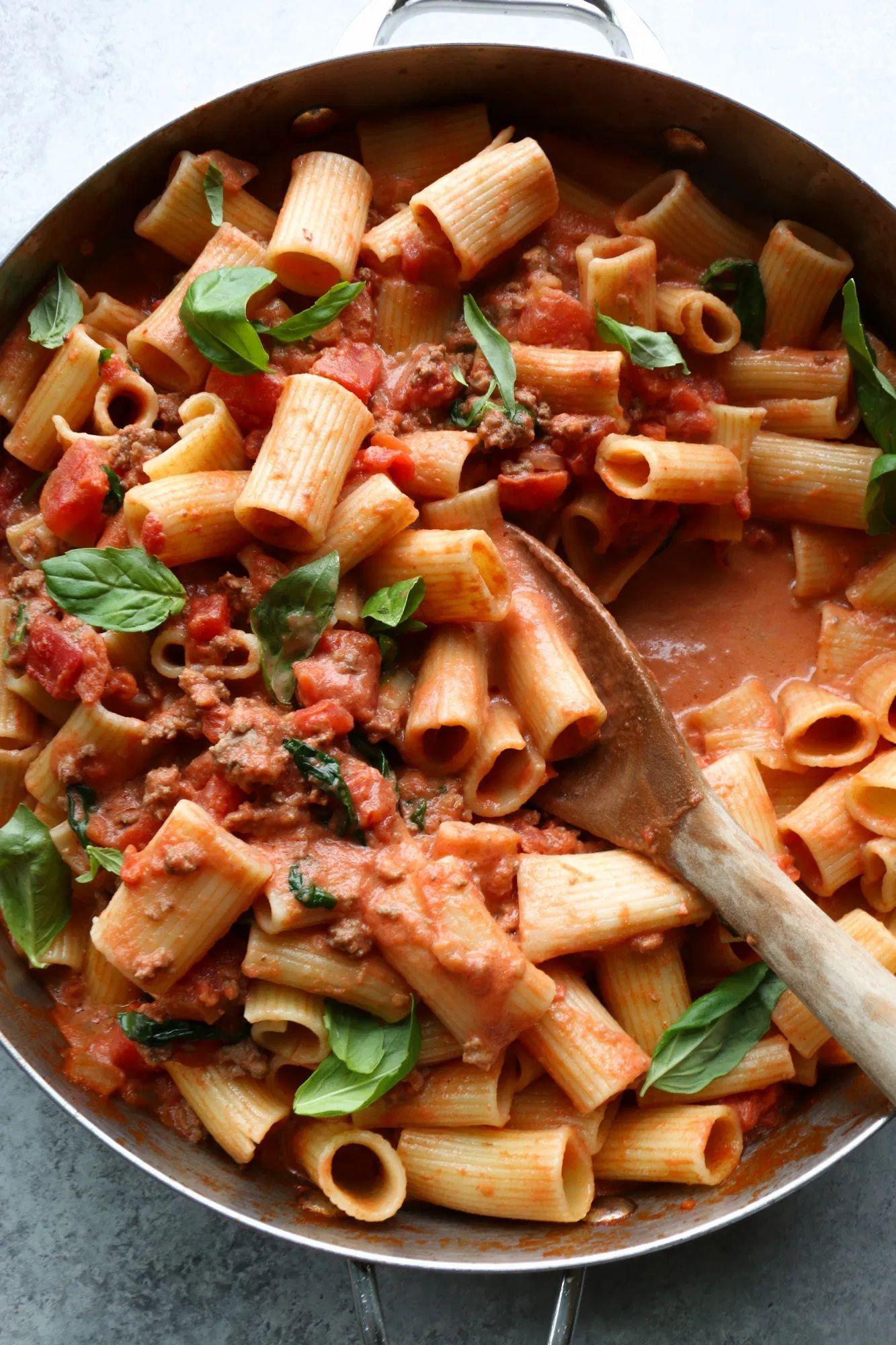 Creamy Rigatoni Pasta Recipe Delicious Dinner Recipes Pasta Appetizers Recipes