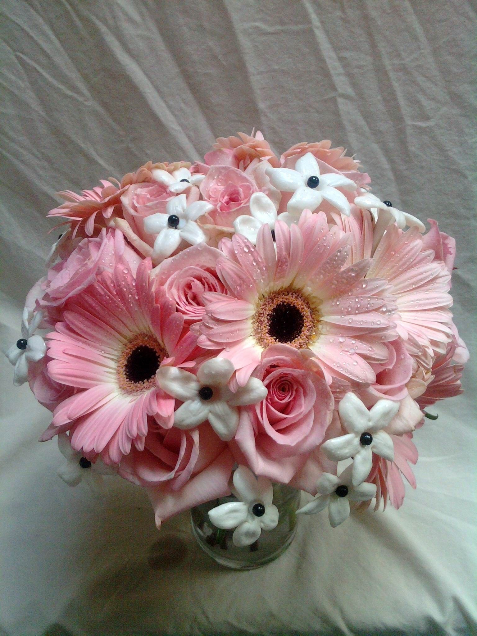 Flower pink bouquets country daisys hot pink gerbera daisy flower flower pink bouquets country daisys hot pink gerbera daisy flower wholesale flowers wedding flowers izmirmasajfo