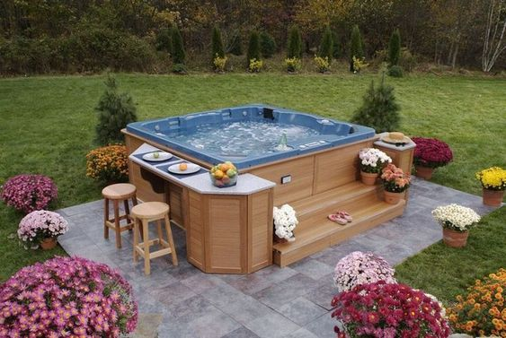 Hot Tub Landscaping Ideas: 27+ Inspiring DIY Ideas for Your Backyard
