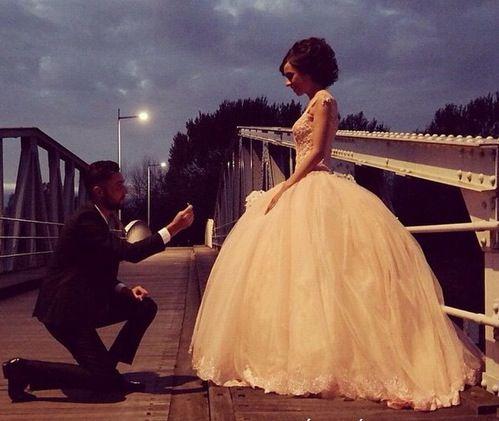 صور حب رومانسية رمزيات حب و عشق صور حب و غرام Beautiful Bride Ball Gowns Bride