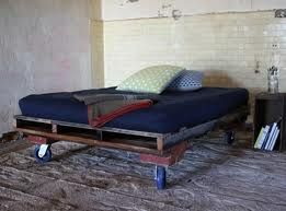 pallets bed - Pesquisa Google