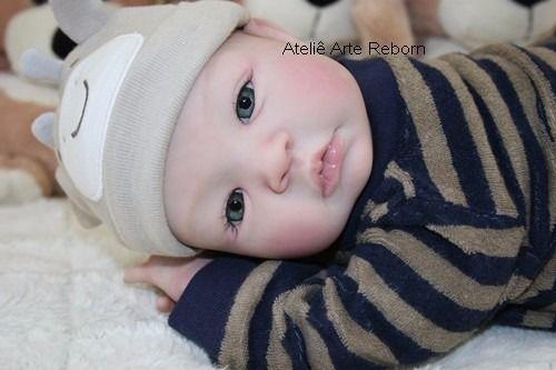 bebê reborn menino lindíssimo detalhes reais carequinha   reborn ... bef841703ae