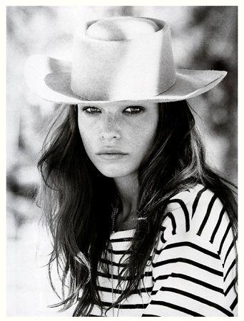 Elle Blogs Moda Sombreros Y Tocados Retratos