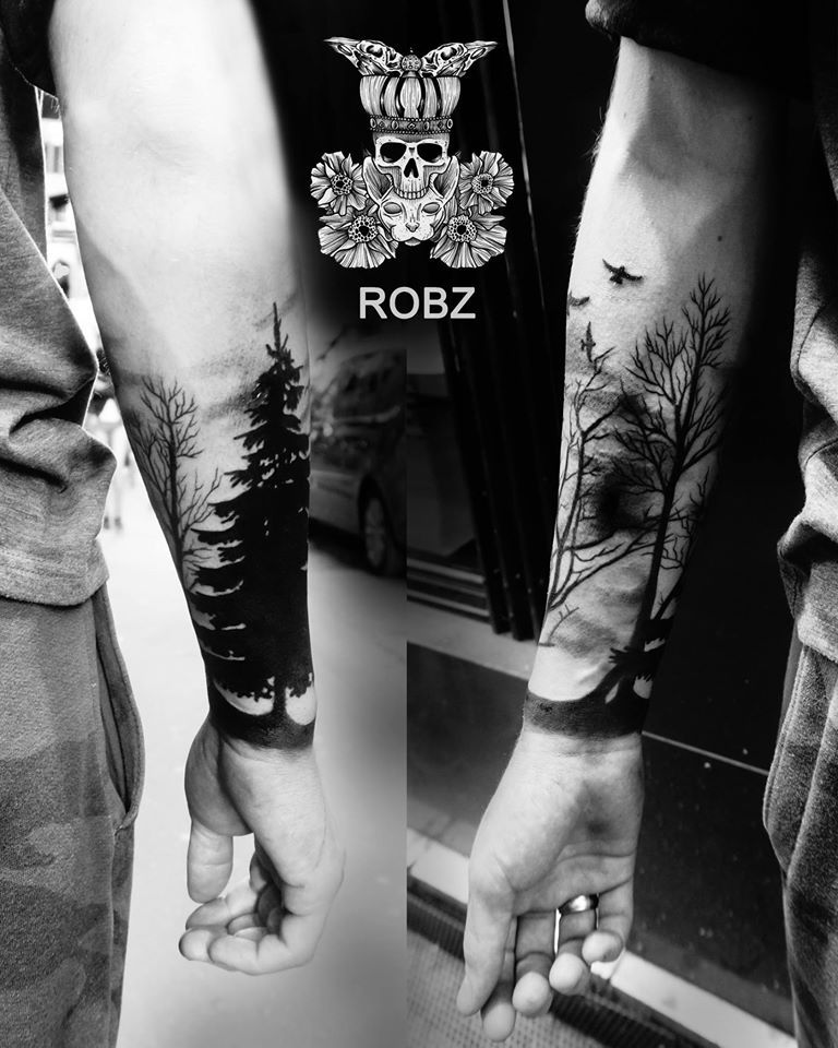 a96ad09a2 This is the last trend for male tattoos: a dark forest growing on the wrist!  Here by Robz.